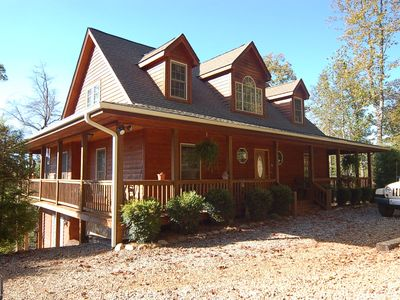 Photo for Like New Country Home with Great Mountain Views - 5 Min from everything