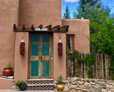 Photo for Location! Historic artful, walk Canyon Rd restaurants galleries, patio, pets ok