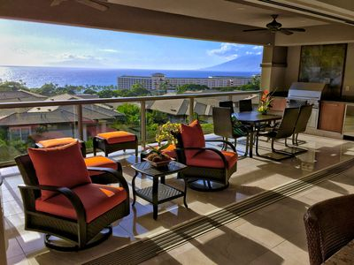 IT'S ALL ABOUT THE VIEWS.. GLASS WALLS RETRACT TO PANORAMIC OCEAN VIEWS!