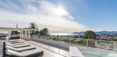 Photo for Beautiful Modern 6 Bedroom Villa in the Center of Cannes
