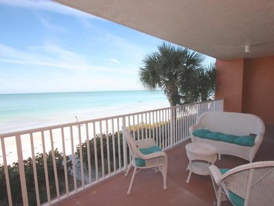 Exclusive Luxe Beachfront, Private Beach, 3 pools, Gym, Free Wi-Fi & Cable, W/D, Security -244 Tide