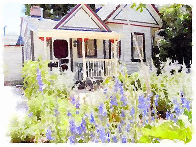 Photo for The Apple Cottage - 1885 Historic Cottage In Downtown Cedar City, Utah