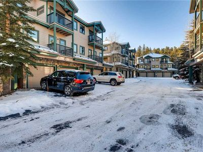 Photo for Lovely condo w/ vaulted ceilings and a large deck with stunning summer mountain views!