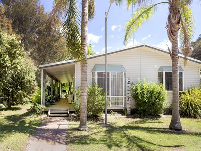 Photo for Barlings Beach Holiday Home - Tomakin House 201, walk to the beach
