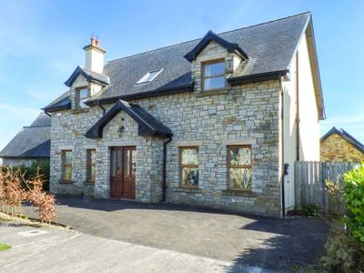 Photo for SARTO, pet friendly, with open fire in Lough Gowna, Ref 956255