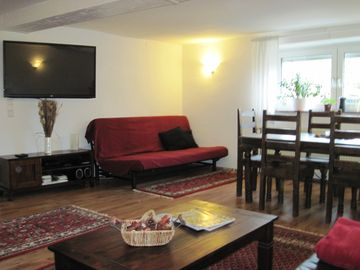 Lovingly renovated, fully furnished 70 sqm apartment in an old half-timbered house