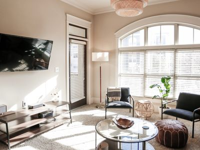 Photo for Central Midtown Hotel Style Condo w/ Cozy Beds & Amenities for Groups