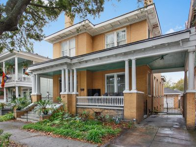 Photo for Big Yellow Brick House - Victorian District