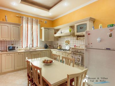 Photo for 500 meters from the sea, air conditioning, wifi, free street parking