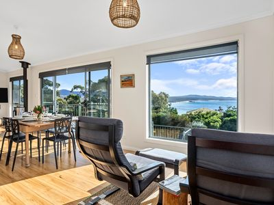 Photo for GRANITE BEACH HOUSE @ Binalong Bay of Fires
