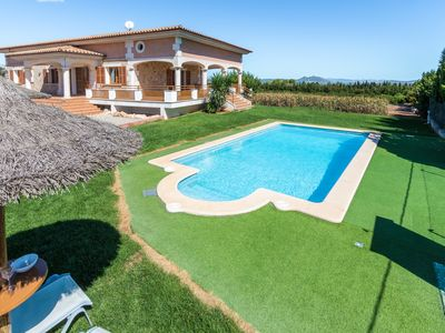 Photo for Villa Linda with Pool