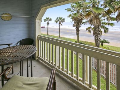 Photo for Dawn 228-Vacation on Canvas is a 2/2, large full Gulf view, sleeps 8!