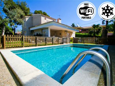 Photo for Incredible villa with pool and WIFI for 15 people in Cambrils - Turismar