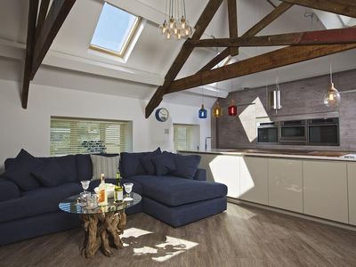Photo for The Barn, 20 At The Beach, TORCROSS