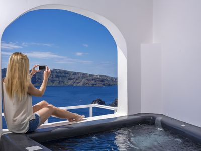 Photo for Infinity Blue Villa with Private Plunge Pool, Sea & Caldera View