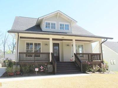 Photo for Large Five Points home walking distance to Sanford Stadium!