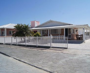 Photo for House with 4 bedrooms only 200 meters from the beach with barbecue