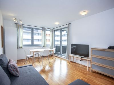 Photo for One bedroom Apartment, sleeps 4 in Innsbruck with WiFi