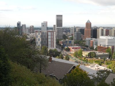 Photo for Fantastic View Apartment Above Downtown Portland