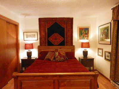 Photo for Cozy, charming retreat close to WWU and Fairhaven