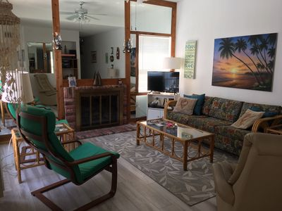 Photo for Only steps to the beach from Maderia Beach Yacht Club! 1-Bedroom townhouse.