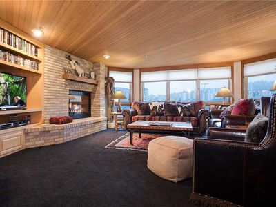 CX122 by Mountain Resorts: Overlooking the Slopes ~ Pool & Hot Tub ~ Winter Shuttle