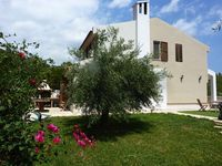 A fantastic, modern villa with an amazing view and all the home comforts! Thanks Anna.