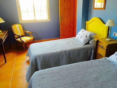 """Photo for Apartment a short walk away (484 m) from the """"Playa Linda Vista"""" in Marbella with Internet, Washing machine, Air conditioning, Pool (329881)"""
