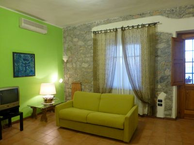 Photo for Comfortable two-room apartment overlooking the Gulf of Policastro
