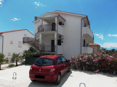 Photo for Balcony, Sea Views, Near Beach, Pets Allowed, SAT TV, WiFi, Air Conditioning, Parking