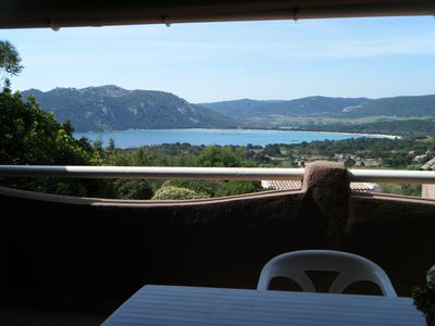 Photo for air-conditioned 3-room villa 6 to 8 people overlooking the bay of Santa giulia