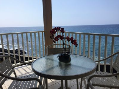 Enjoy this Beautiful Ocean Front Lanai!