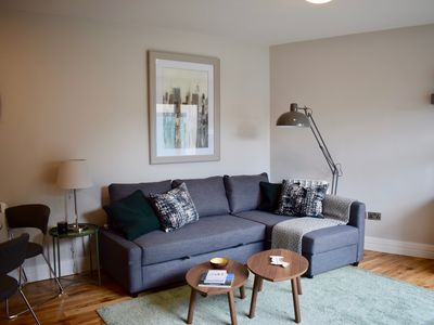 Photo for 1 Bedroom Flat In Dublin 2 - One Bedroom Apartment, Sleeps 4