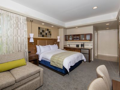Photo for Marriott's Desert Springs Villas II - BNP Paribas Open 2020 Room up to 4 people