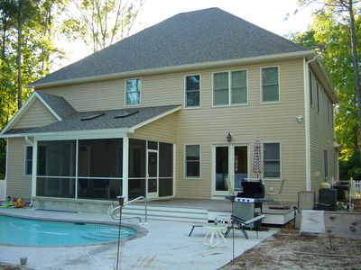 Photo for Large single house in private setting with swimming pool on property