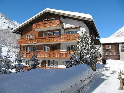 Photo for 3 bedroom Apartment, sleeps 5 in Saas-Almagell with WiFi
