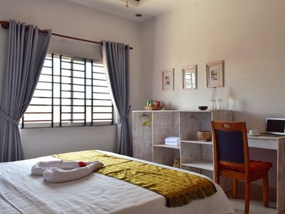 Photo for Beautiful Villa near Market, 2 Aircon rooms, Living+Dining+Balcony+Pickup