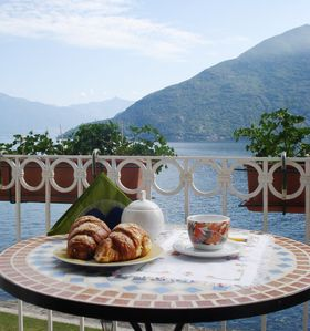 Photo for 3 bedroom apartment Cannobio with lake view and garage