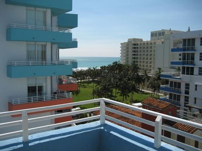Beautiful Ocean View Apartment on the Beach With Private Garage, Pool, Jacuzzi