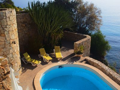 Photo for Unique Detached Villa For 9 Persons with private pool, first line at the sea