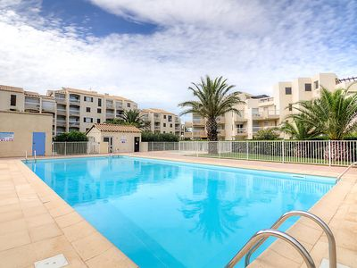 Photo for One bedroom Apartment, sleeps 4 in Saint-Cyprien-Plage with Pool