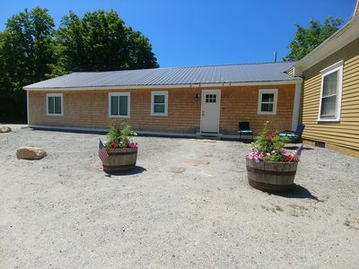 Photo for Central A/C and Fast WiFi in the Sunapee Region, one level 1400sf with 3 BRs