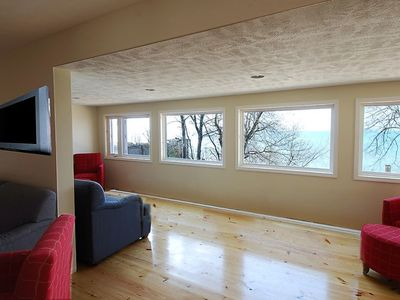 Photo for 10Bedroom 4Bath Whirlpool Master Bed Private Lake Access AC,Wifi,Cable,Fire pit