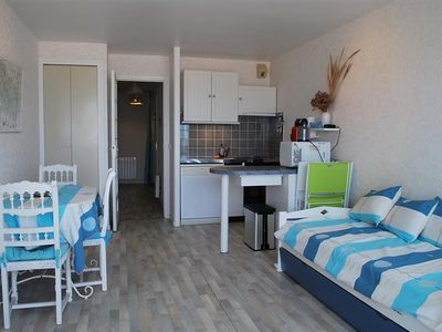 Photo for FORT MAHON BEACH: Apartment overlooking the sea.