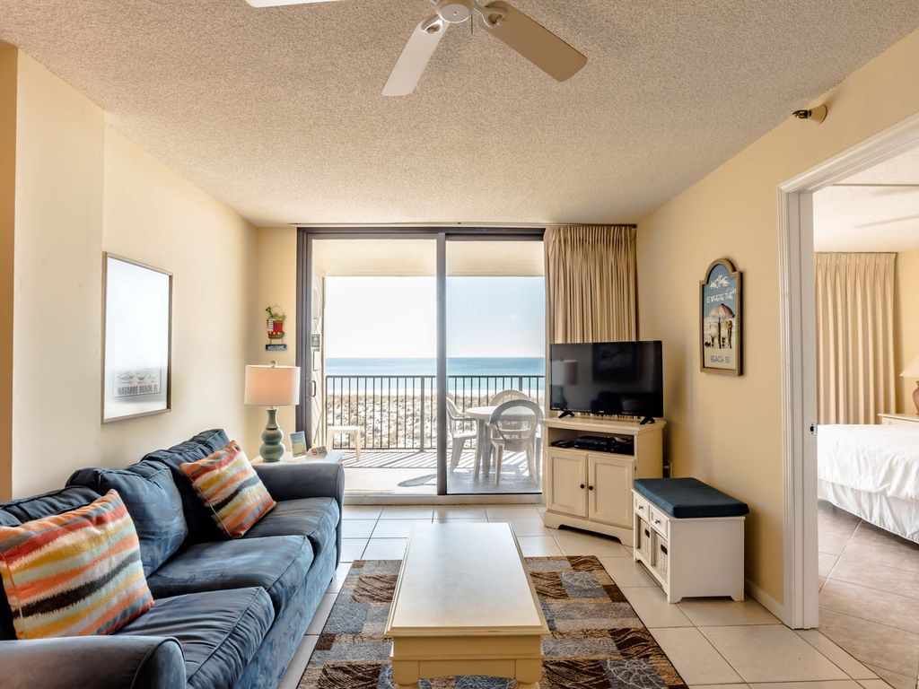 Gulf Front Condo at Emerald Surf ~Community Pool ~ Close to Exciting Attractions! large image