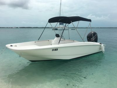 Brand New Boston Whaler 170 Super Sport with capacity of up to 8 guests!