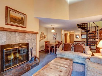 Photo for Perfectly located 2 bdrm condo, Ski-in, On-site hot tubs, Covered parking, Sleeps 10!