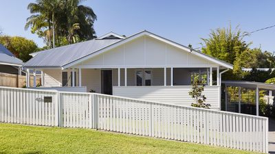 Photo for A Perfect Stay – Belletide – quintessential Byron Bay beach house