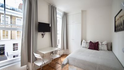 Photo for Newly Refurbished private Double Studio in Kensington & Chelsea.