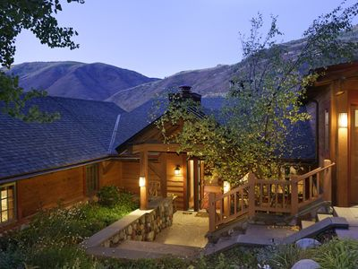 Photo for 4BR House Vacation Rental in Aspen, Colorado